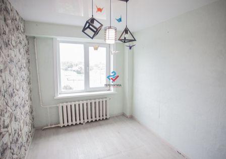 Продаётся 3-комнатная квартира, 48.8 м²