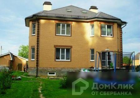 Продаётся 3-этажный дом, 430 м²