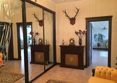 Продаётся 3-комнатная квартира, 109 м²