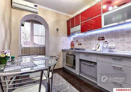 Продаётся 3-комнатная квартира, 61 м²