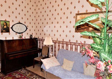 Продаётся 3-комнатная квартира, 43.5 м²