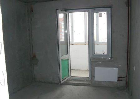 Продаётся 1-комнатная квартира, 42 м²