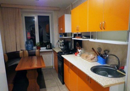 Продаётся 3-комнатная квартира, 56.69 м²