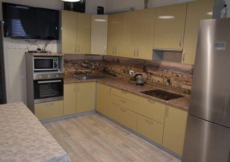Продаётся 2-комнатная квартира, 70.8 м²