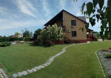 Продаётся 2-этажный дом, 339.7 м²