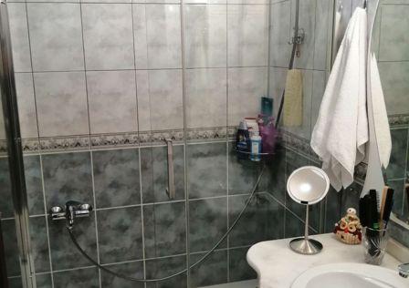Продаётся 3-комнатная квартира, 72.5 м²