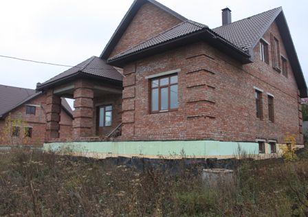 Продаётся 3-этажный дом, 338 м²