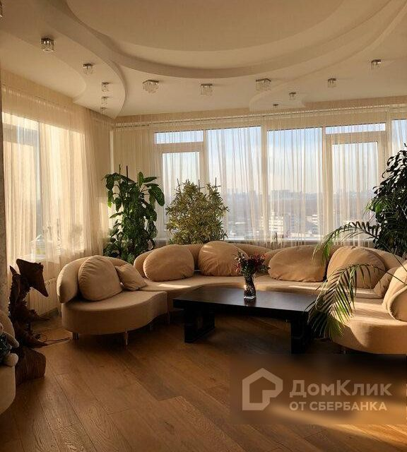 Продаётся 3-комнатная квартира, 115 м²