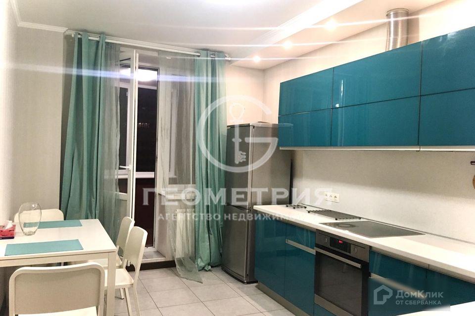 Продаётся 1-комнатная квартира, 59.2 м²