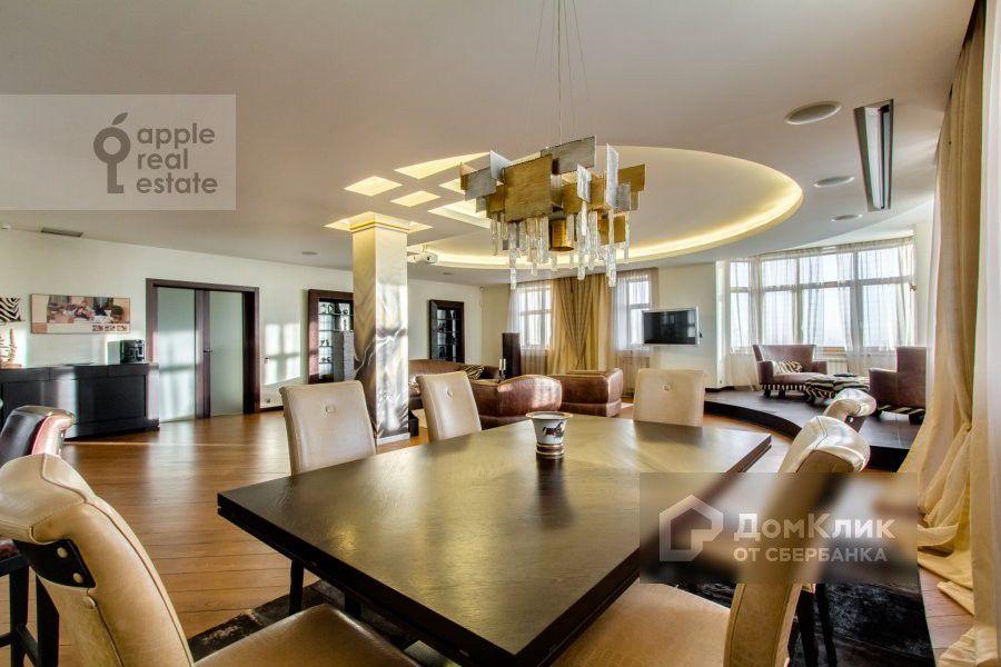 Продаётся 3-комнатная квартира, 270 м²