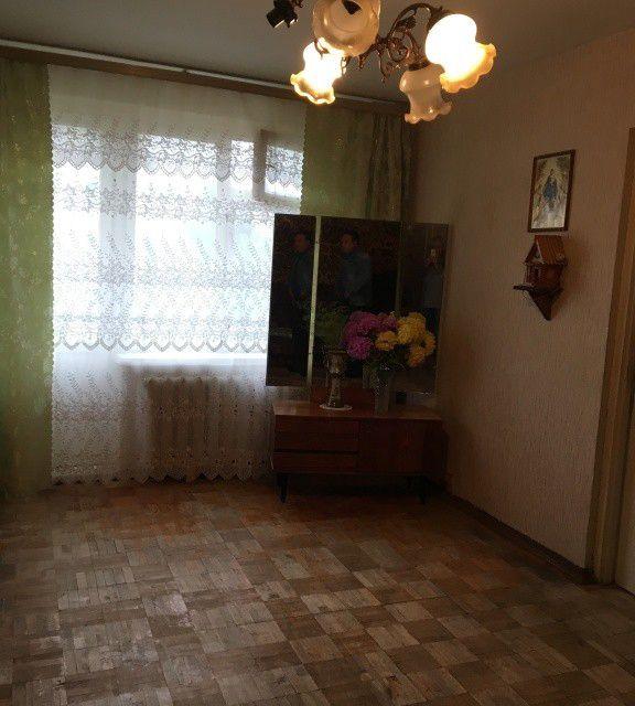 Продаётся 4-комнатная квартира, 61.2 м²