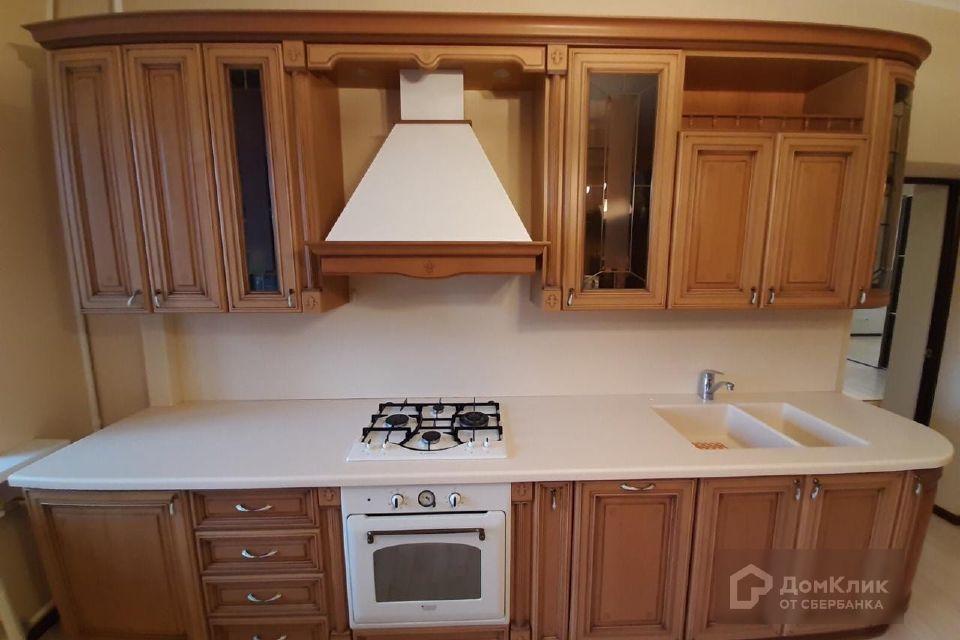 Продаётся 3-комнатная квартира, 150 м²