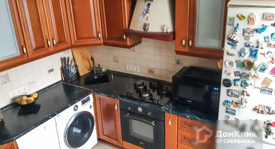 Продаётся 4-комнатная квартира, 97.4 м²