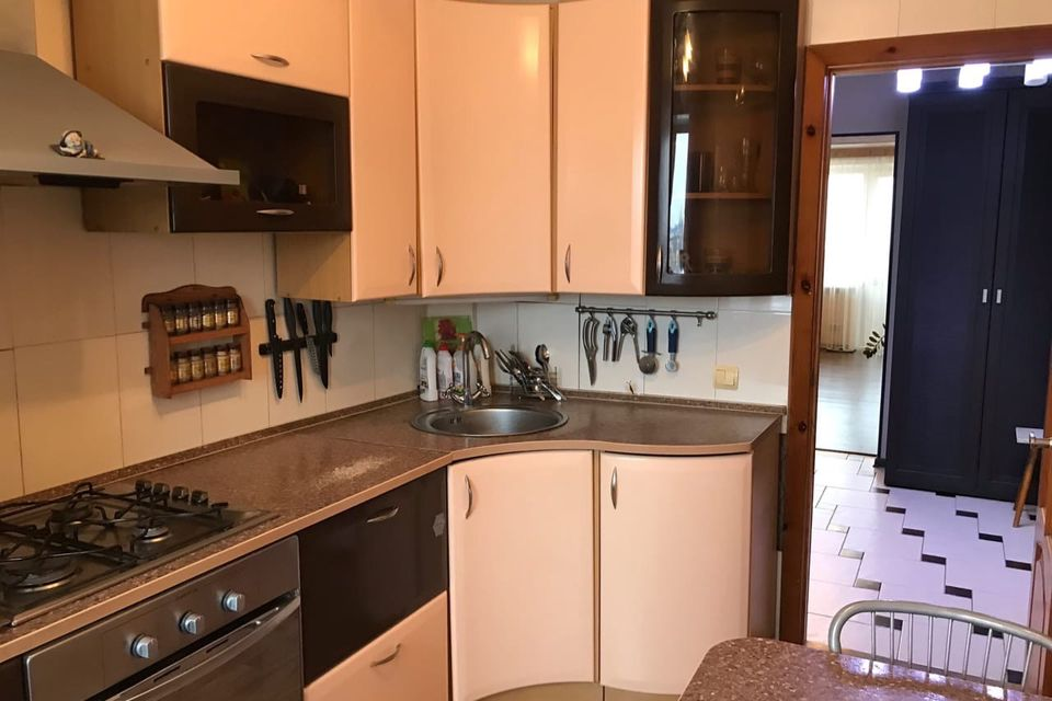 Продаётся 3-комнатная квартира, 60.3 м²