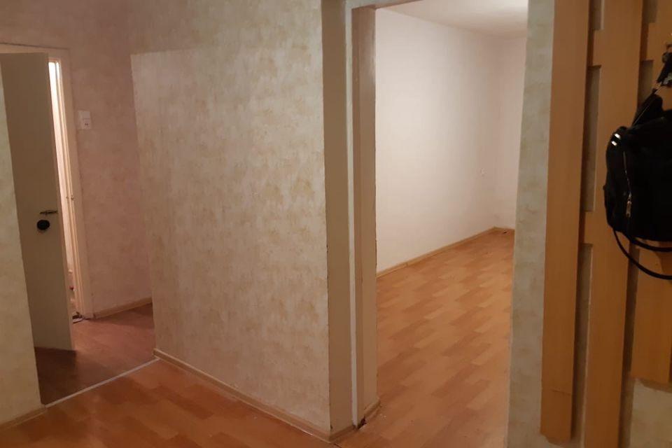 Продаётся 3-комнатная квартира, 58.1 м²